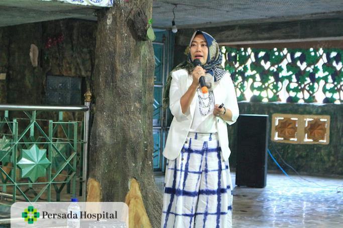 Seminar Edukasi  Ponpes Salafiyah Bihaaru Bahri 'Asali Fadlaailir Rahmah